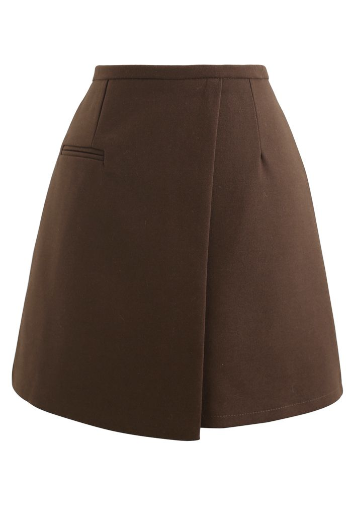 Fake Pocket Flap Bud Skirt in Brown
