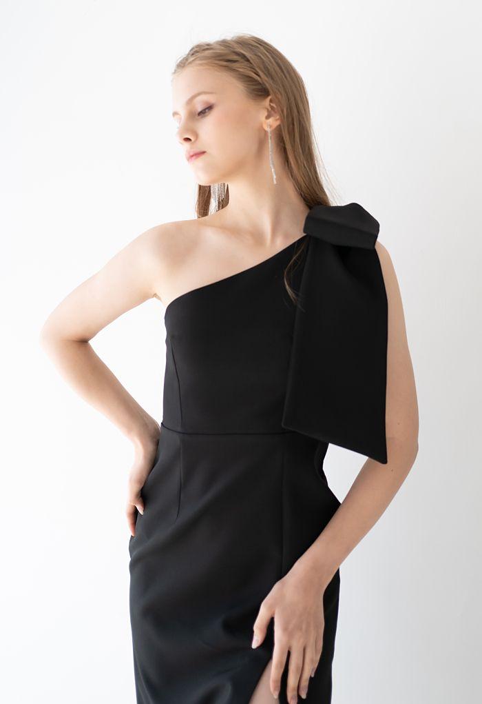 Bow Strap Oblique Slit Shift Dress in Black