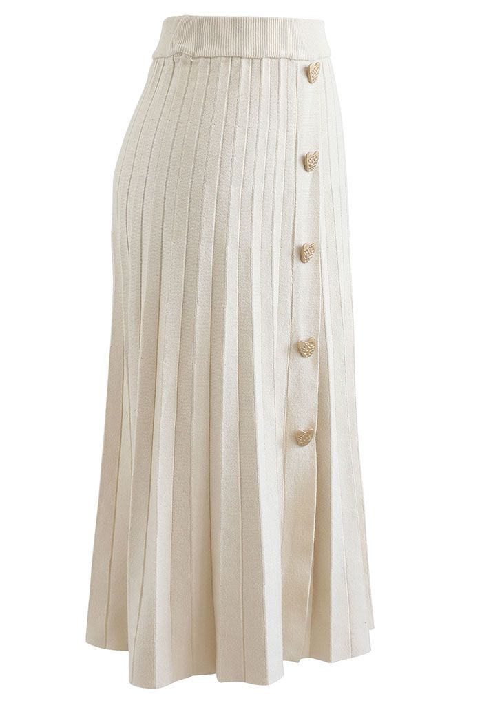 Golden Heart Decorated Pleated Knit Skirt in Cream