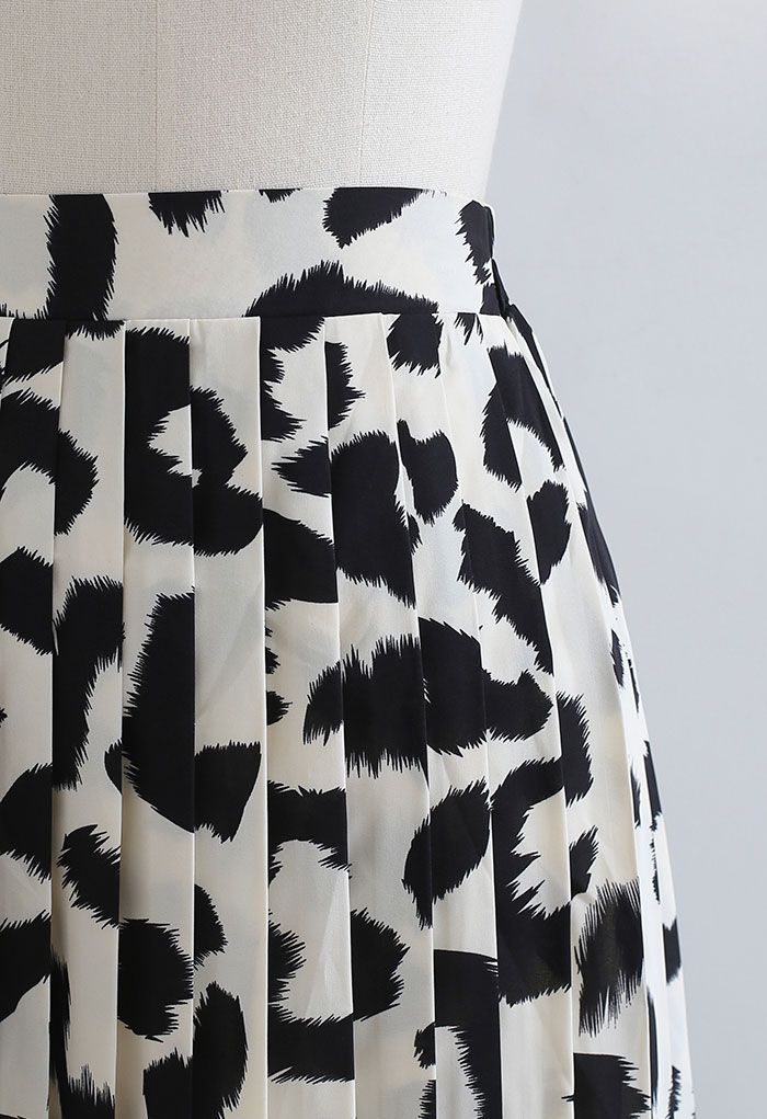 Leopard Print Chiffon Pleated Midi Skirt in Ivory