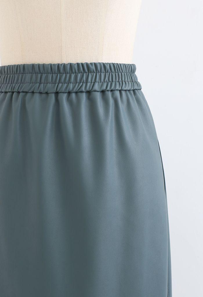 Sleek Soft Faux Leather Pencil Midi Skirt in Green