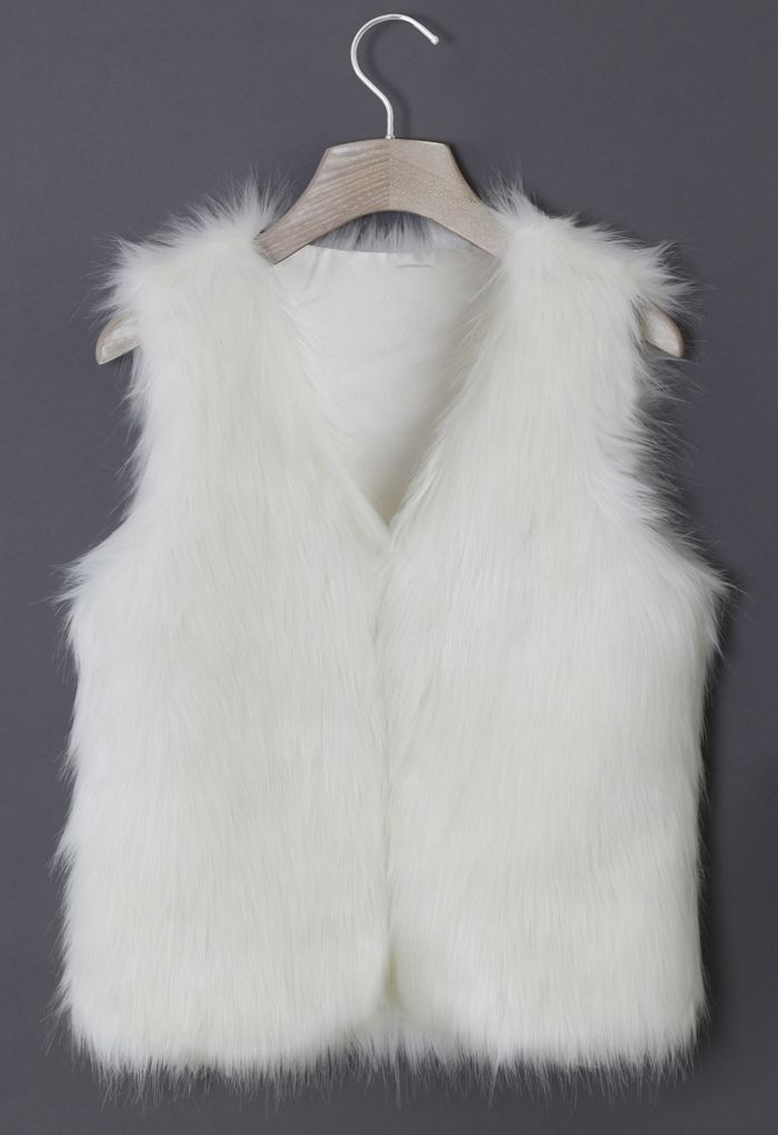 Chicwish Faux Fur Vest in White