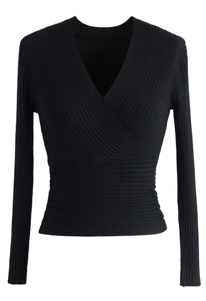 Glam V-neck Ribbed Top in Black