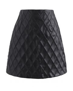 Diamond Textured Faux Leather Bud Skirt in Black