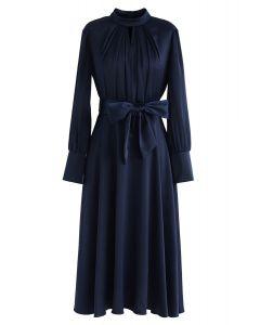 蝴蝶結繫帶緞面連衣裙--海軍藍