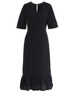 無法在黑色中獲得足夠的刺繡連衣裙