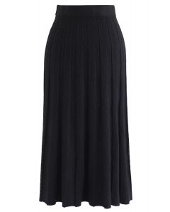 Parallel Pleated Knit Midi Skirt in Black